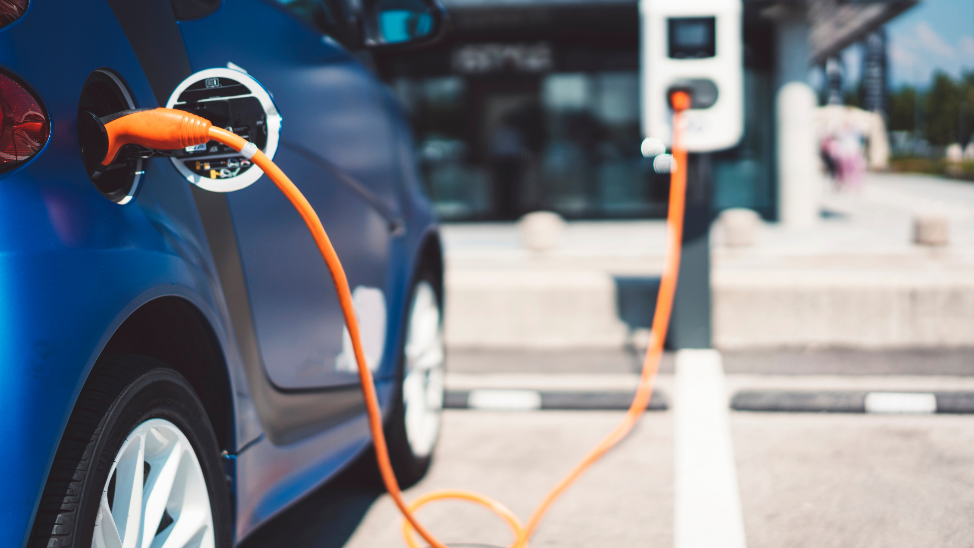 Electric Vehicles: A First Look into its Different Types